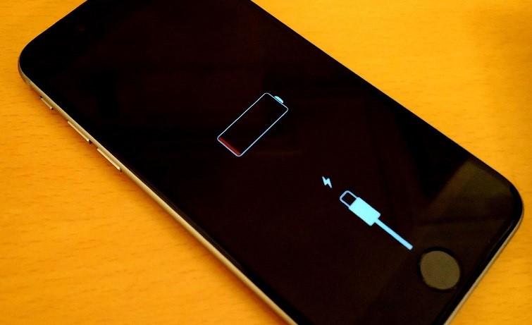телефон-не-включается-и-мигает-красным-при-зарядке